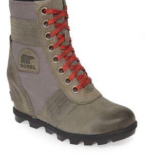SOREL Women's Lexie Wedge Boot!!